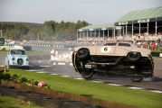<h5>Crash at the Goodwood chicane</h5><p>Crash at the Goodwood chicane</p>